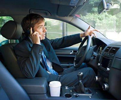 driving-cellphone-doctor